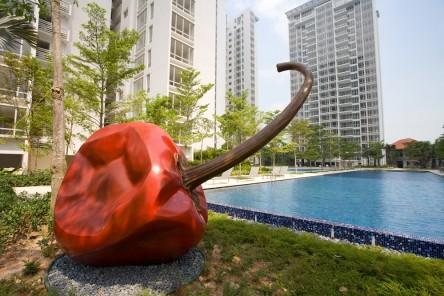 130828163204_Sea View Condominium Sizzling_full